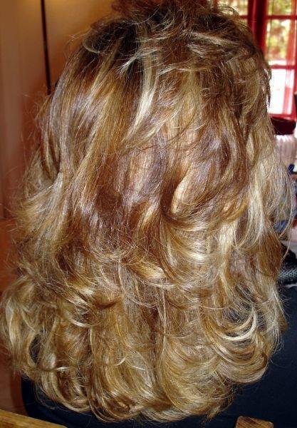 Couleur cheveux marron avec meche blonde