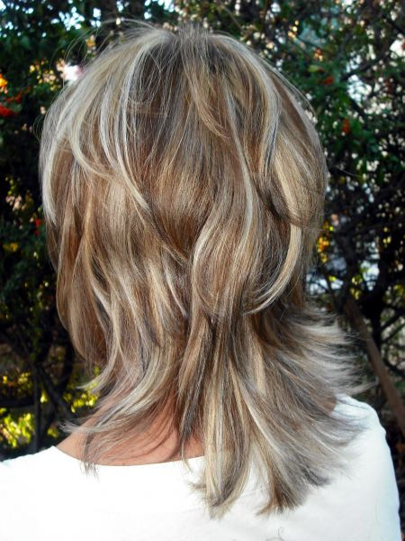 Albums photos coiffure domicile - Carre plongeant meche blonde ...